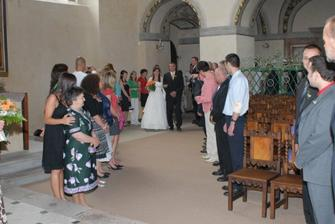 nástup v kapli
