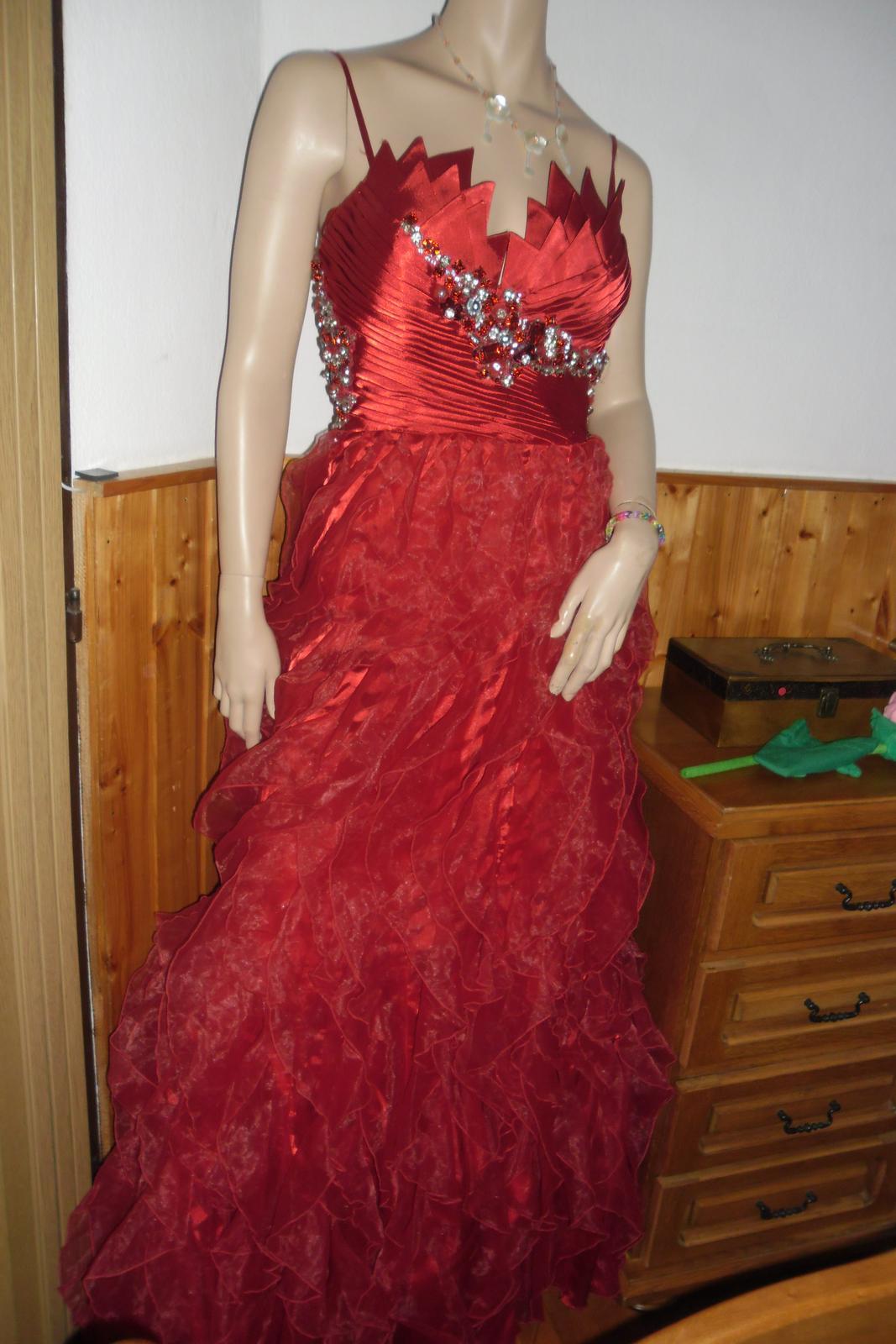 šaty na ples - Obrázok č. 1
