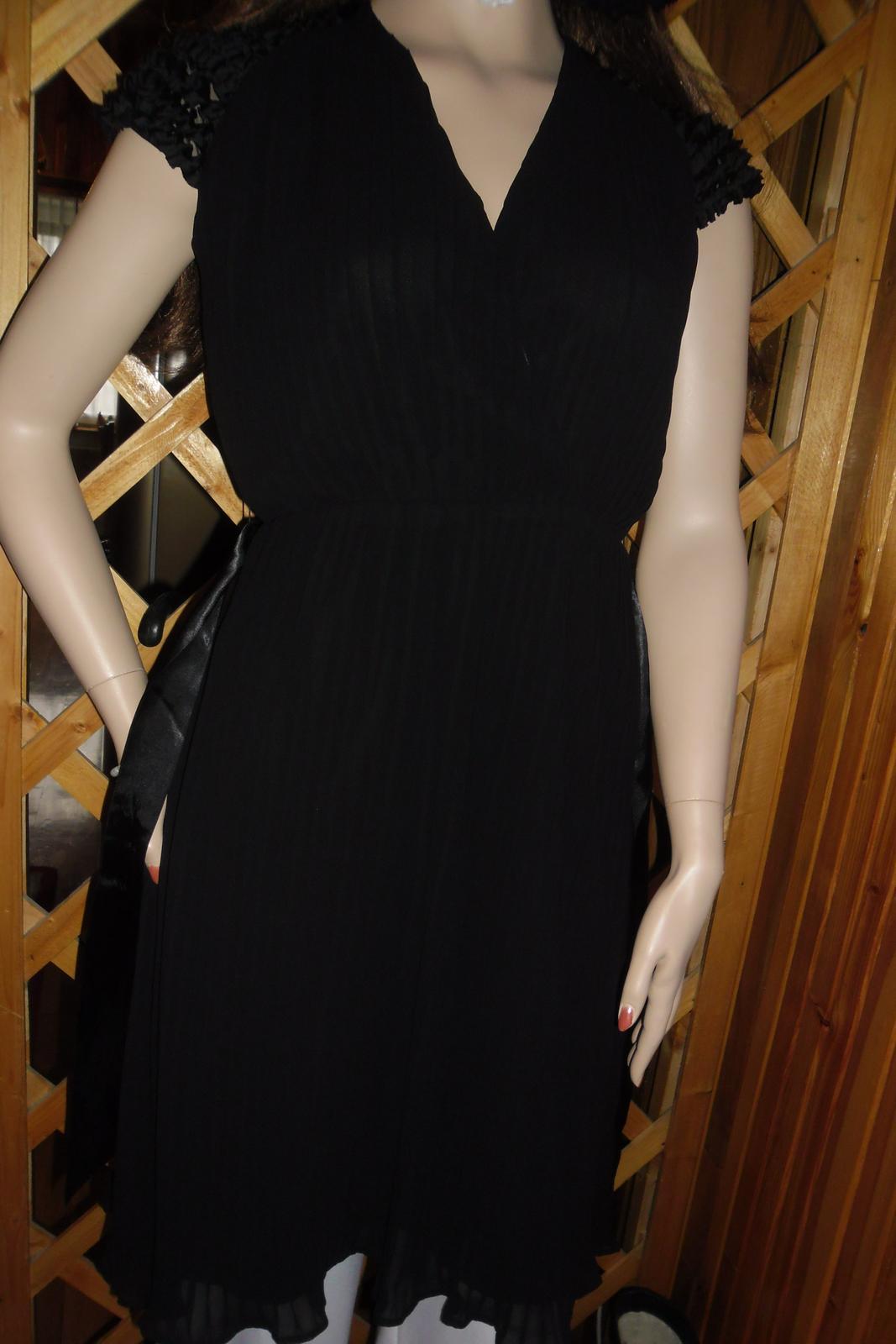 plisované šaty - Obrázok č. 1
