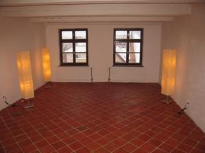 A už je hotovo - budoucí ložnice a boudoir v jednom:)