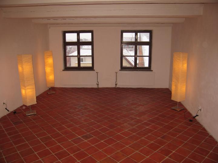 Rekonstrukce se blíží k závěru - A už je hotovo - budoucí ložnice a boudoir v jednom:)