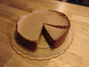 Cheese cake plný hořko- mléčné čokolády