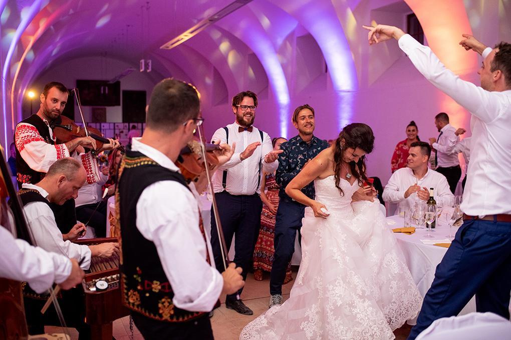 Svadba Eva a Tomáš - hrad Červený kameň - Obrázok č. 31