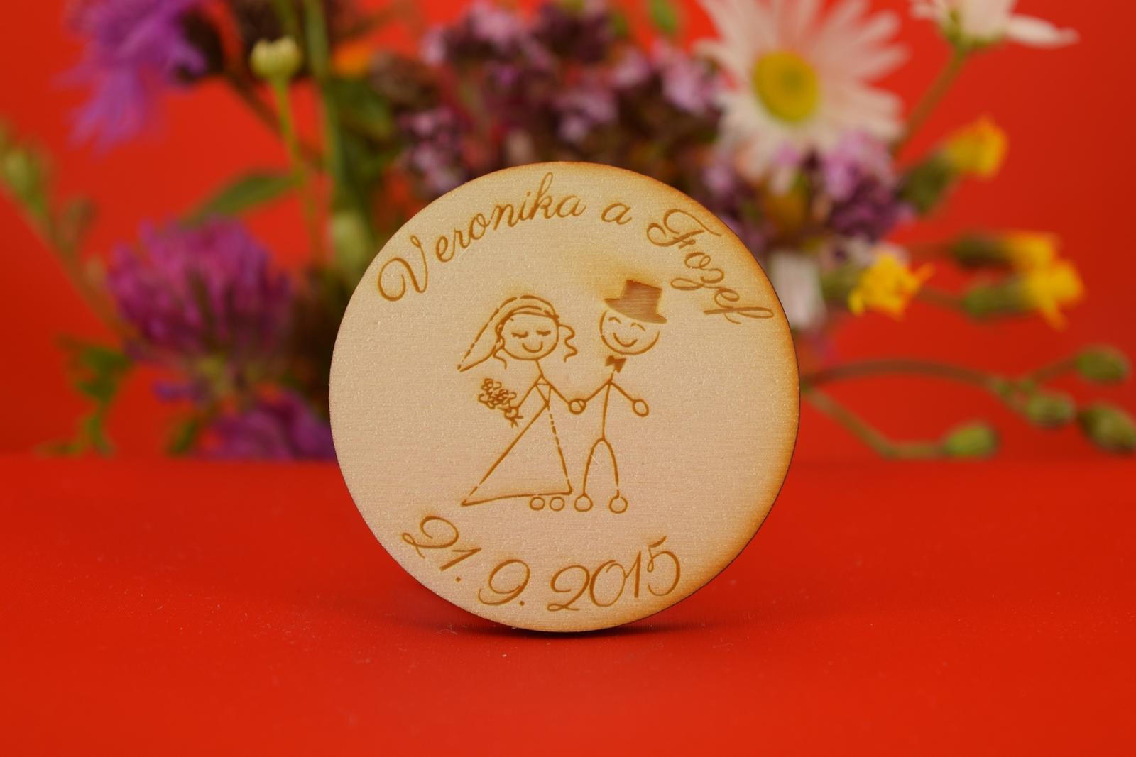 Drevená svadobná agnetka ako darček pre hosti 8 - Obrázok č. 1