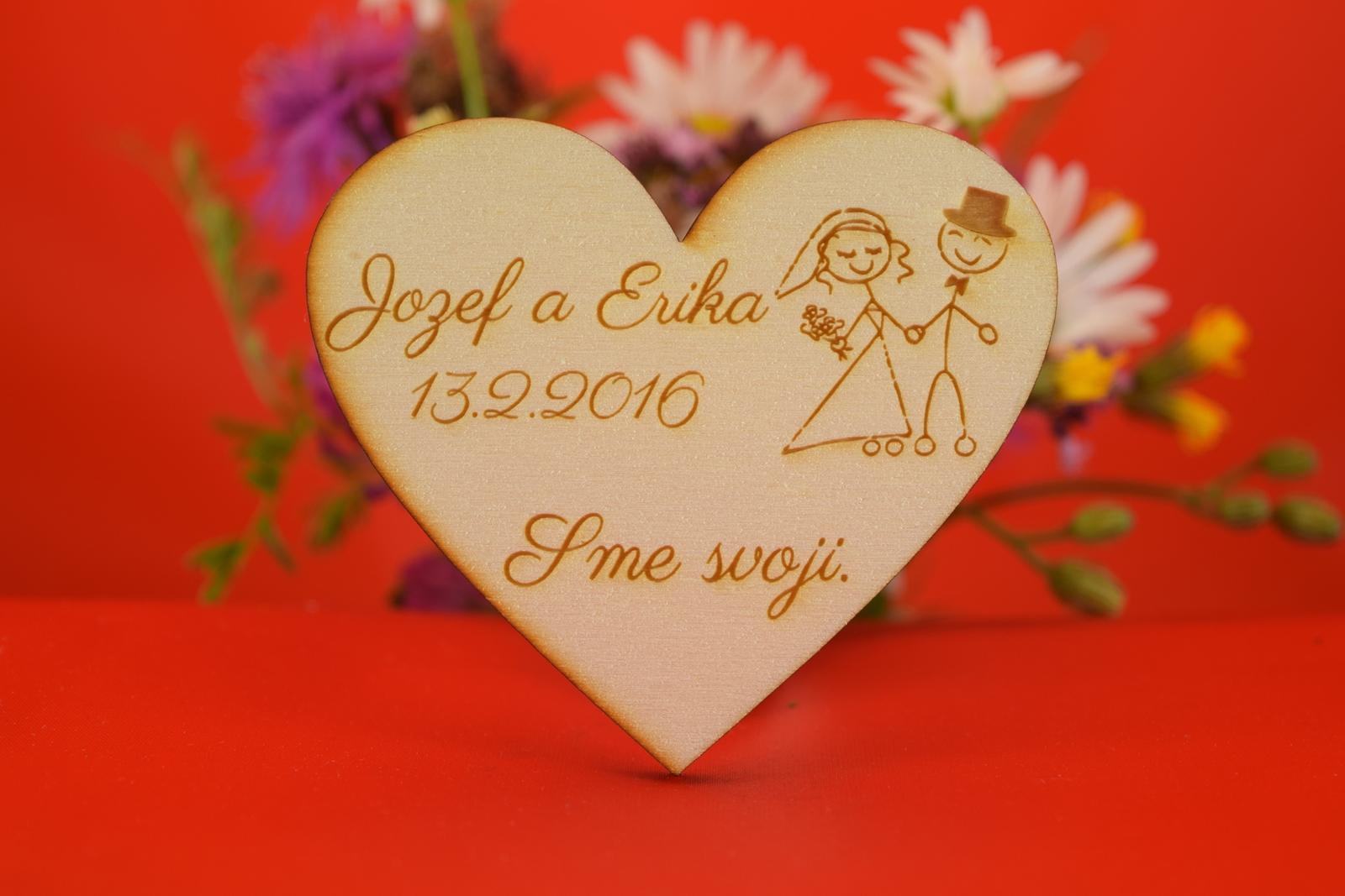 Drevená svadobná magnetka ako darček pre hosti 33 - Obrázok č. 1