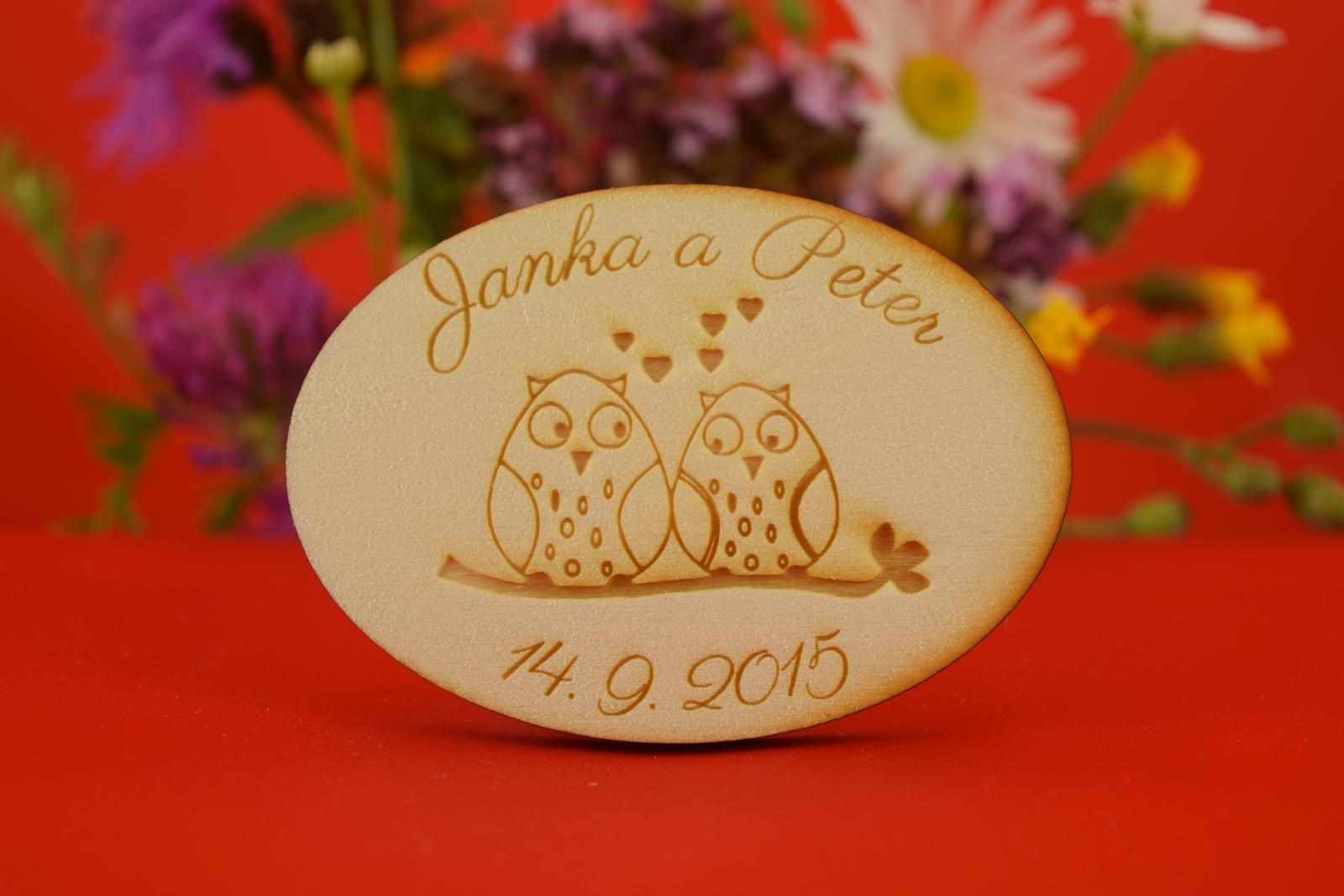 Drevená svadobná magnetka ako darček pre hosti 9 - Obrázok č. 1