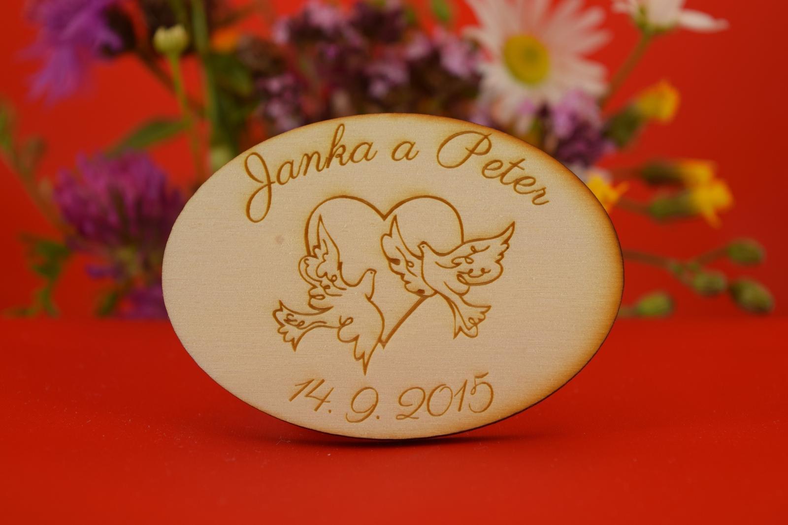 Drevená svadobný magnetka ako darček pre hosti 19 - Obrázok č. 1