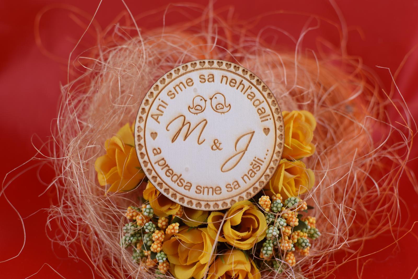 Drevená svadobná magnetka ako darček pre hosti 67 - Obrázok č. 1