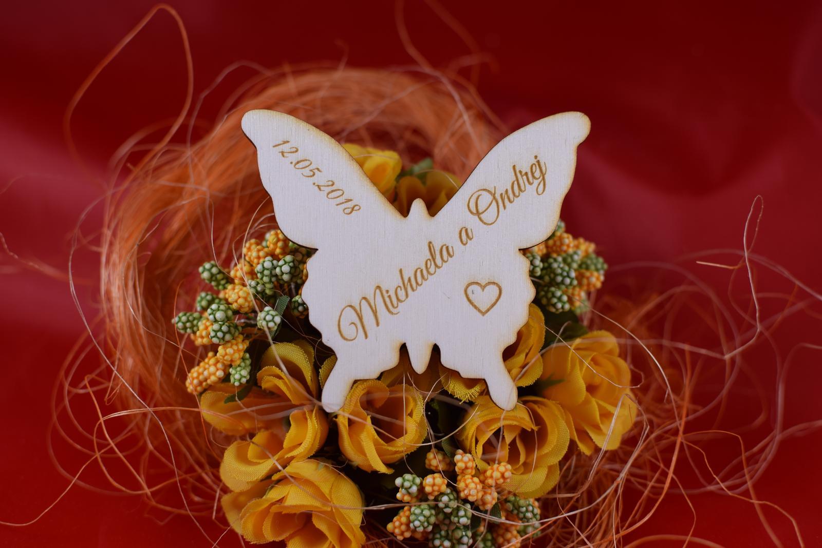 Drevená svadobná magnetka motýľ 2 - Obrázok č. 1