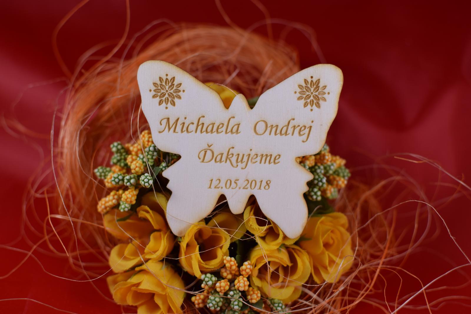 Drevená svadobná magnetka motýľ 4 - Obrázok č. 1