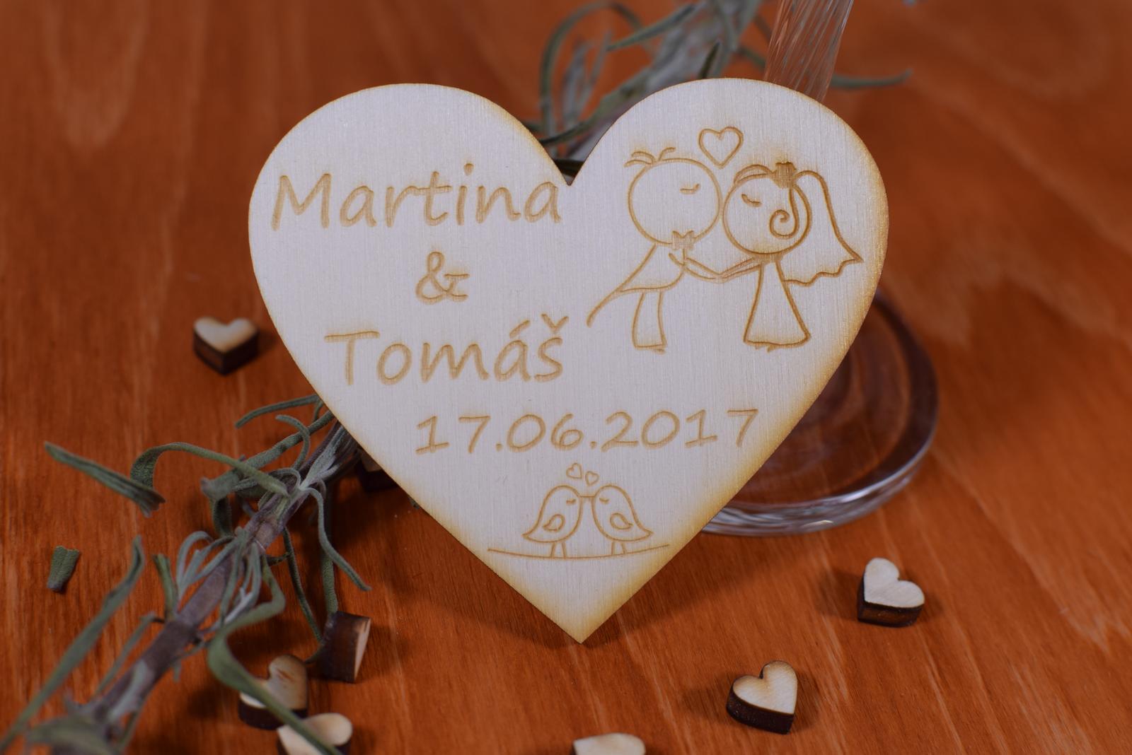 Gravírovaná drevená svadobná magnetka 105 - Obrázok č. 1