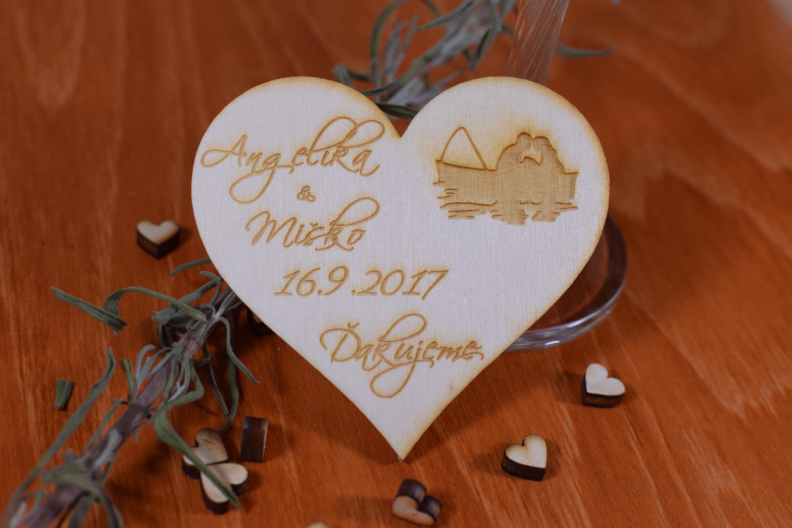 Gravírovaná drevená svadobná magnetka 107 - Obrázok č. 1