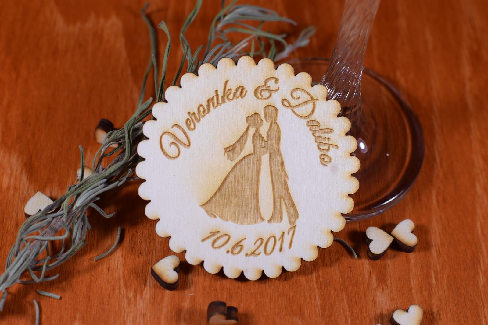 Svadobná magnetka drevená gravírovaná 142 - Obrázok č. 1
