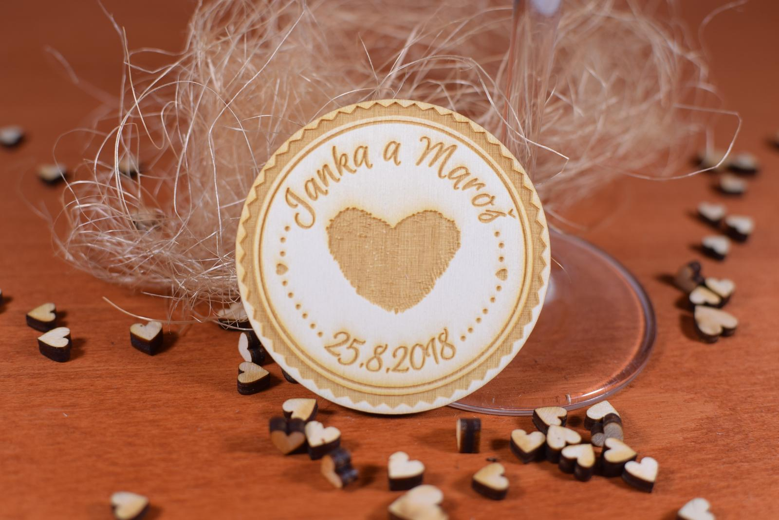 Drevená svadobná magnetka Ľudový motív 11 - Obrázok č. 1