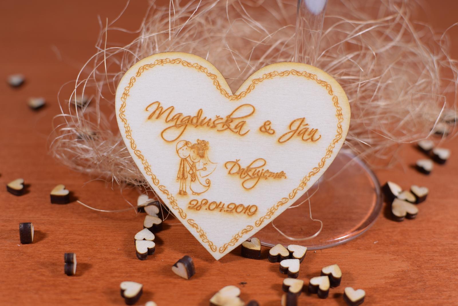 Drevená svadobná magnetka Ľudový motív 22 - Obrázok č. 1