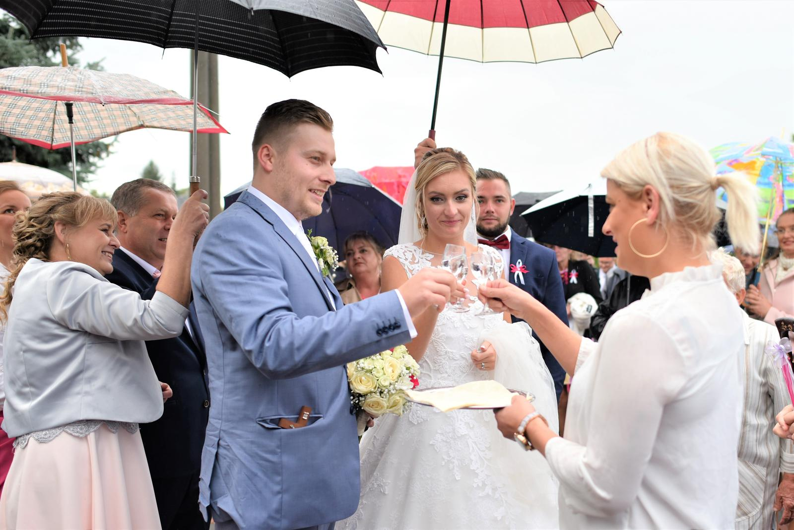 DJ + Fotografka na Vašu svadbu, KD u Palušáka - Pata - Obrázok č. 1