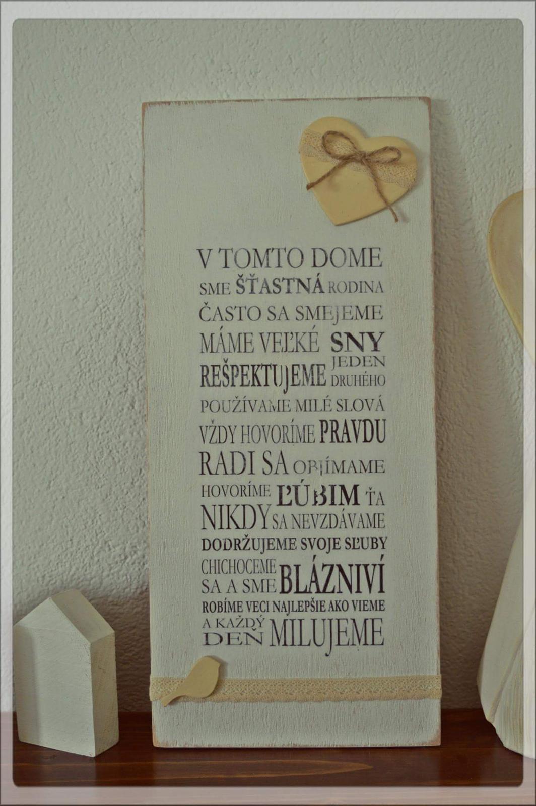 Kredenc z masívu a drevené dekorácie. - Obrázok č. 19