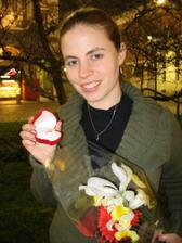 Zásnubní prsten a květina z Milána