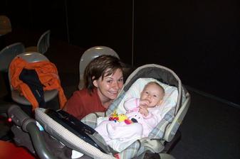 já a moje o 26 let mladší sestřenice (pro sestřičku ve vzdálené Anglii)