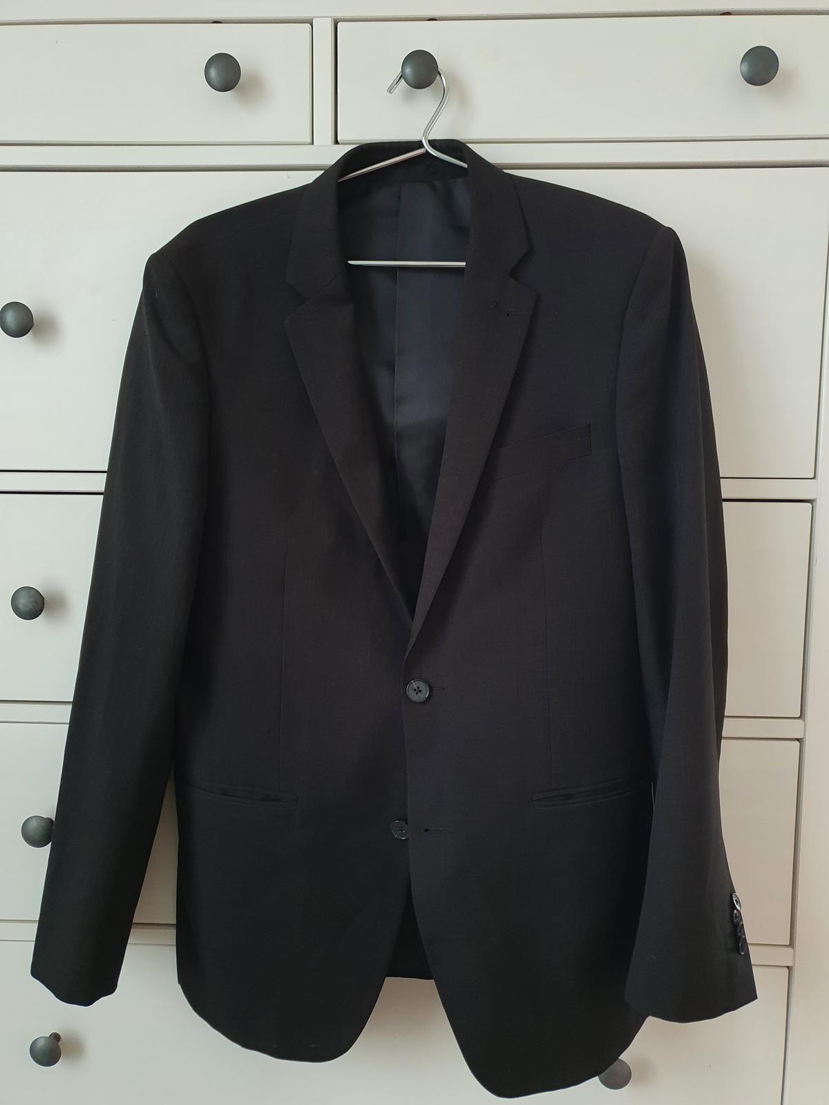 Černý pánský oblek - Obrázek č. 1
