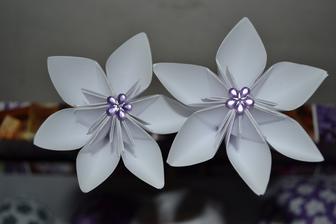 Kytičky na dekoraci do květináčků s levandulí