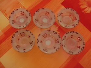 svícínky na náš svatební stůl (jejich cena byla neodolatelná, tak proč bych je nekoupila, že? :-)