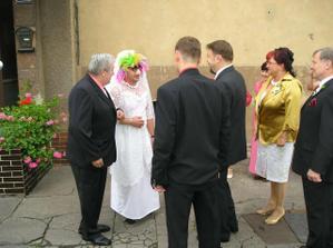 naše první falešná nevěsta :-), byla krásná, ale nechtěl ji