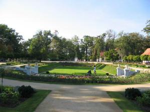 Park Michalov, ve kterém se restaurace nachází (díky Budínku)