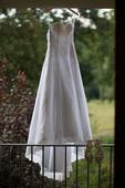 Svatební šaty s vlečkou empírového střihu 36-38vel, 36