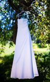 Sněhobílé šaty, 38