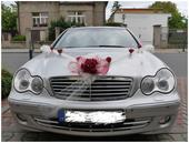 Dekorace na auto nevěsty a ženicha,