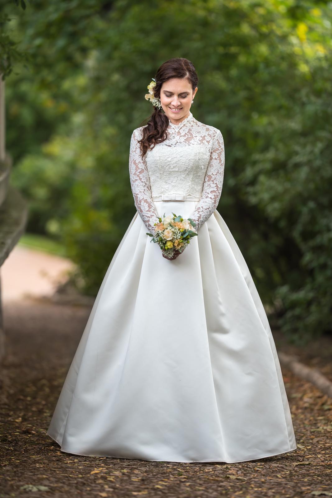 Svatební šaty barvy ivory vel. 36-40  - Obrázek č. 1