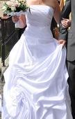 Svatební korzetové šaty s vlečkou, 42