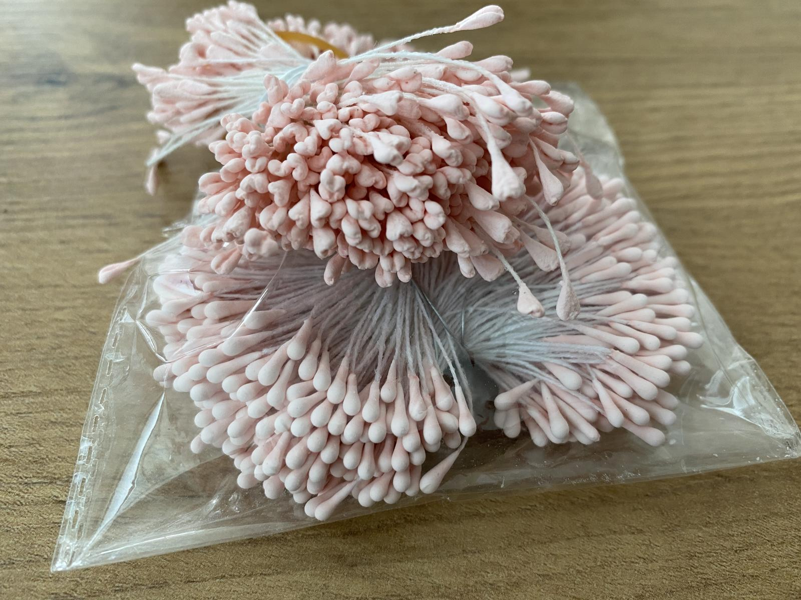 Doplnky na tvorenie kvetinových dekorácií - Obrázok č. 1