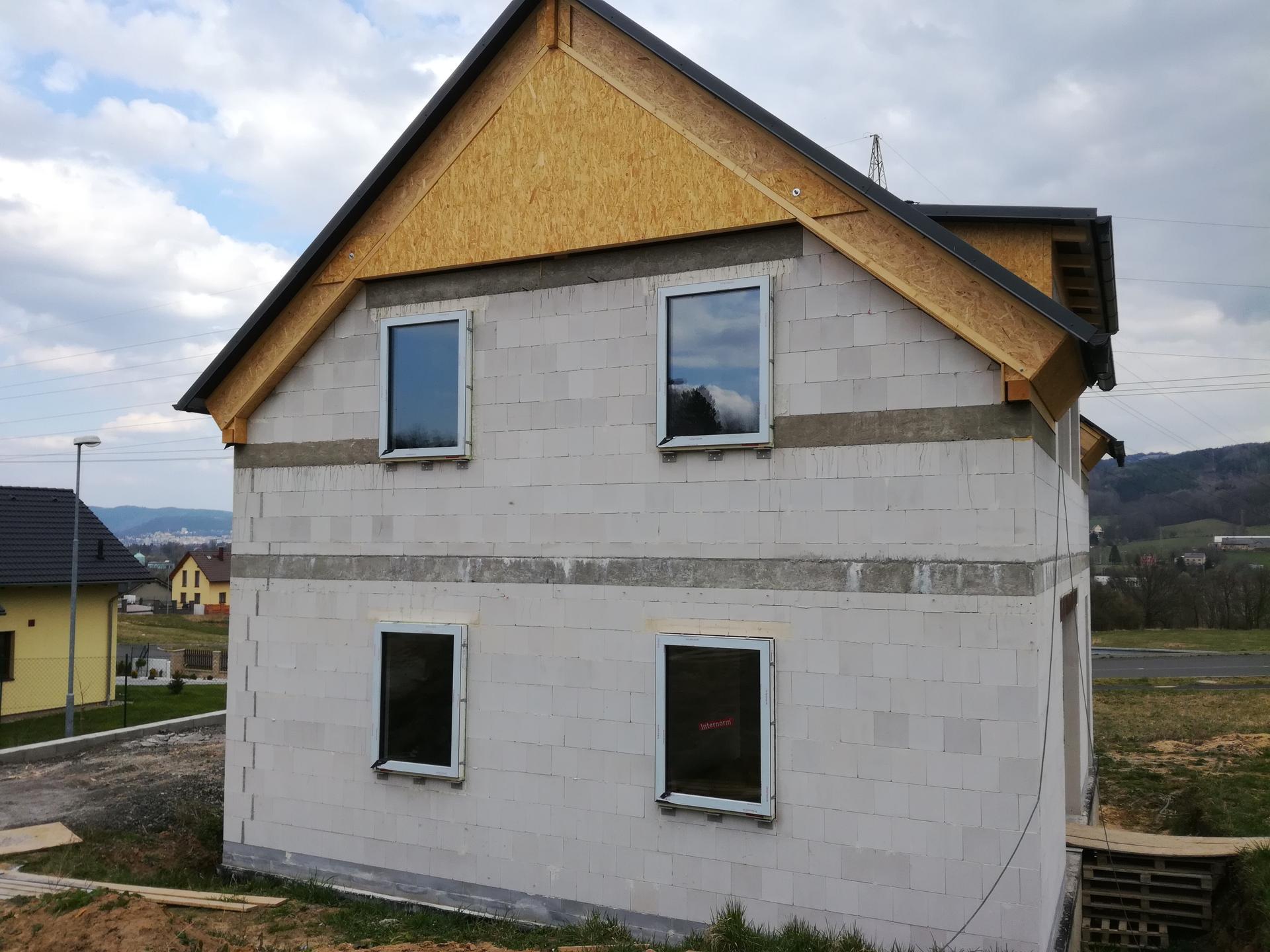 Pasiv Svépomocí 2020 - Okna: Internorm KF500