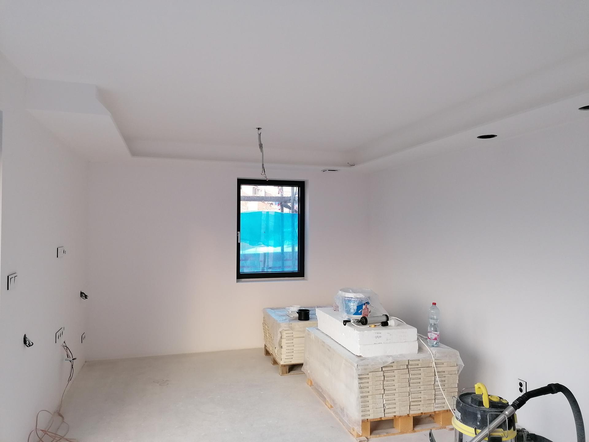 Pasiv Svépomocí 2021 - Vymalováno - stropy: HET klasik, stěna: Dulux easy care