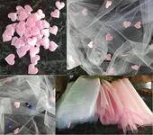 Bílá a růžová organza se srdíčky a mašlemi,