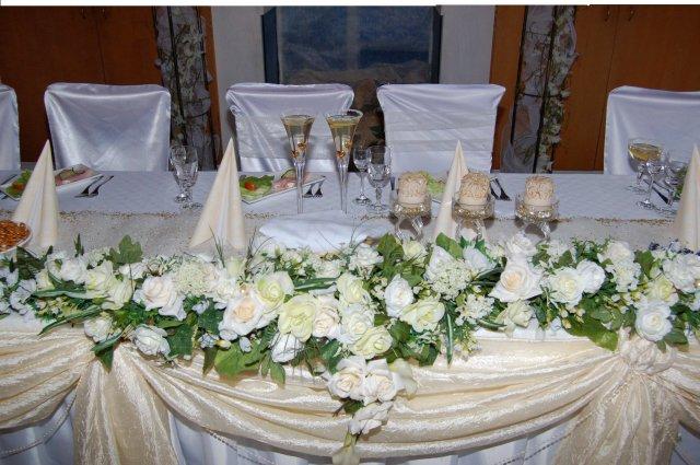 Miška{{_AND_}}Miňko - to je náš krásny stôl