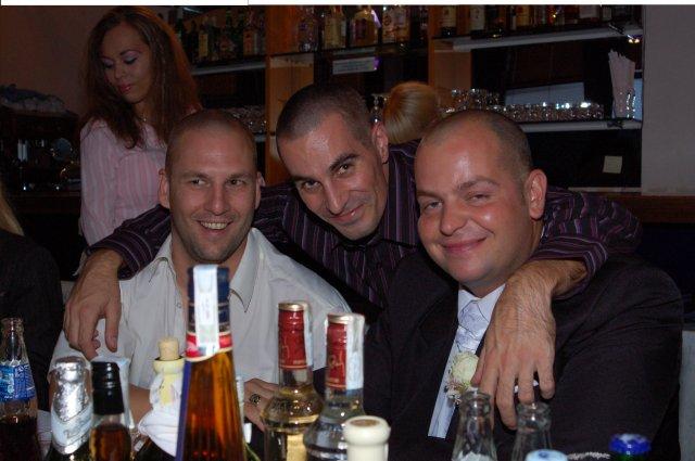 Miška{{_AND_}}Miňko - zábava bola aj pri stoloch:):)
