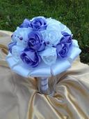 Saténová svadobná kytica fialovo biela,