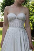 Svatební šaty Allure romance, 40