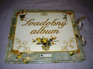 svadobny album od kamaratky...
