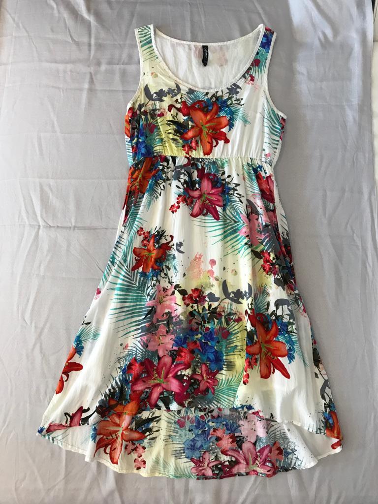 Letné kvetinové šaty - Obrázok č. 1