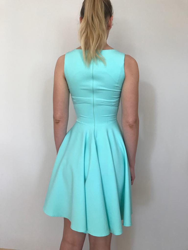 Dievčenské krátke šaty - Obrázok č. 3