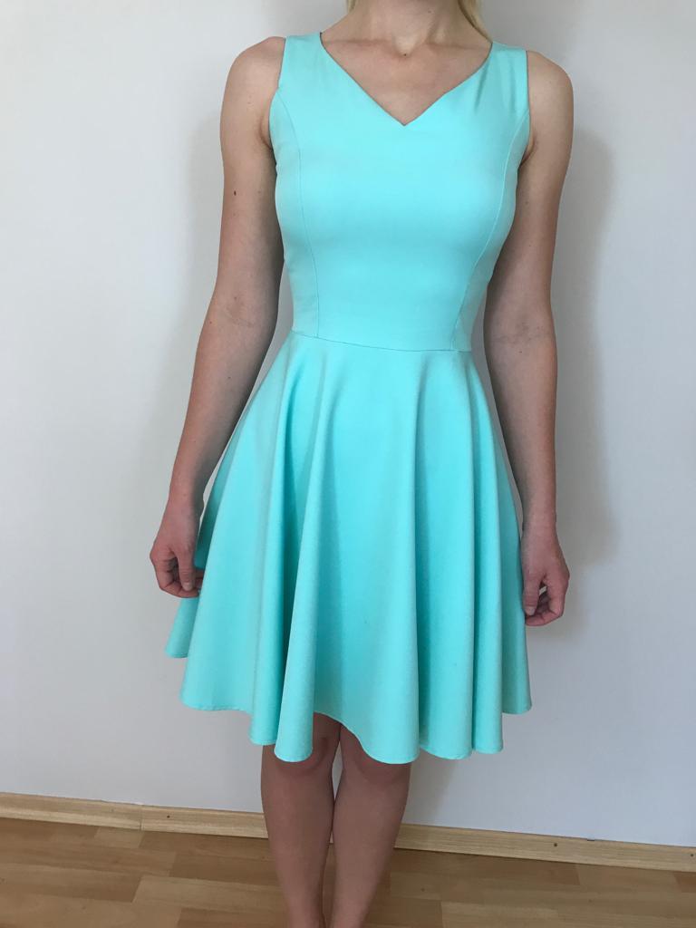 Dievčenské krátke šaty - Obrázok č. 2