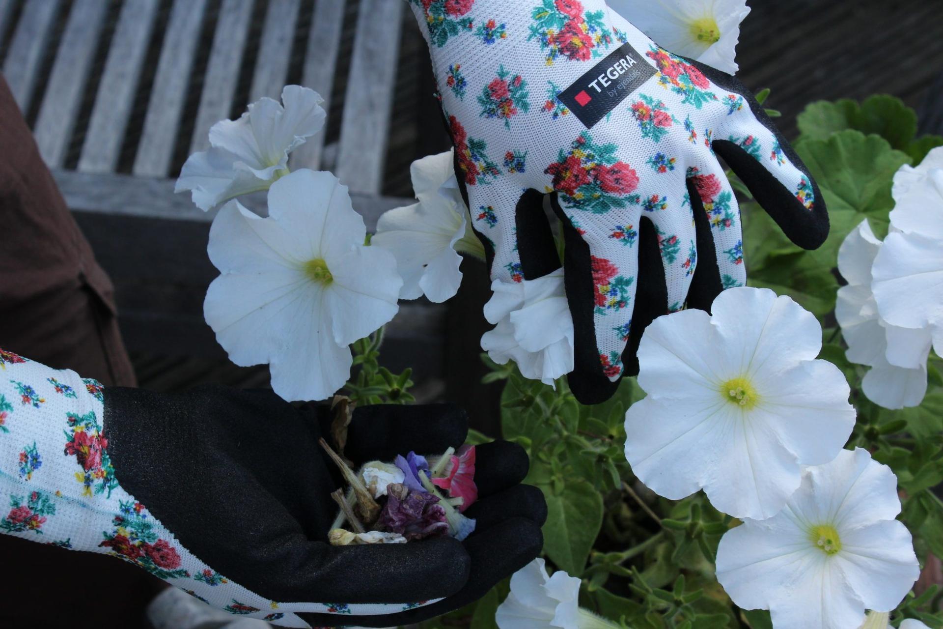 Jarné vzory na kolekcií TEGERA® Tällberg 🌹🌷  Pracovné rukavice s hravými kvetinovými vzormi pre všetky záhradníčky, pestovateľky a ďalšie ženy, ktoré sa neboja poriadnej práce. Aktuálnych 7 modelov nájdete na: www.tegera.sk/kategoria/kolekcia-tallberg - Obrázok č. 3