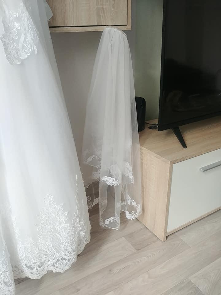 Svadobné princeznovské šaty (36-38) KOMPLET, výška 160-165cm - Obrázok č. 2
