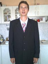 miláček v obleku