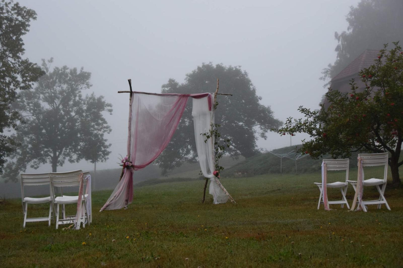 Petra{{_AND_}}Ondřej - Ráno to moc nevypadalo, že bude krásný den. I to ráno mělo své podzimní kouzlo.....