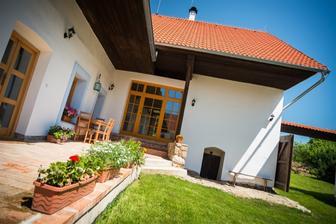 Bořetínský statek v obci Bořetín na rozmezí Jižních Čech a Vysočiny